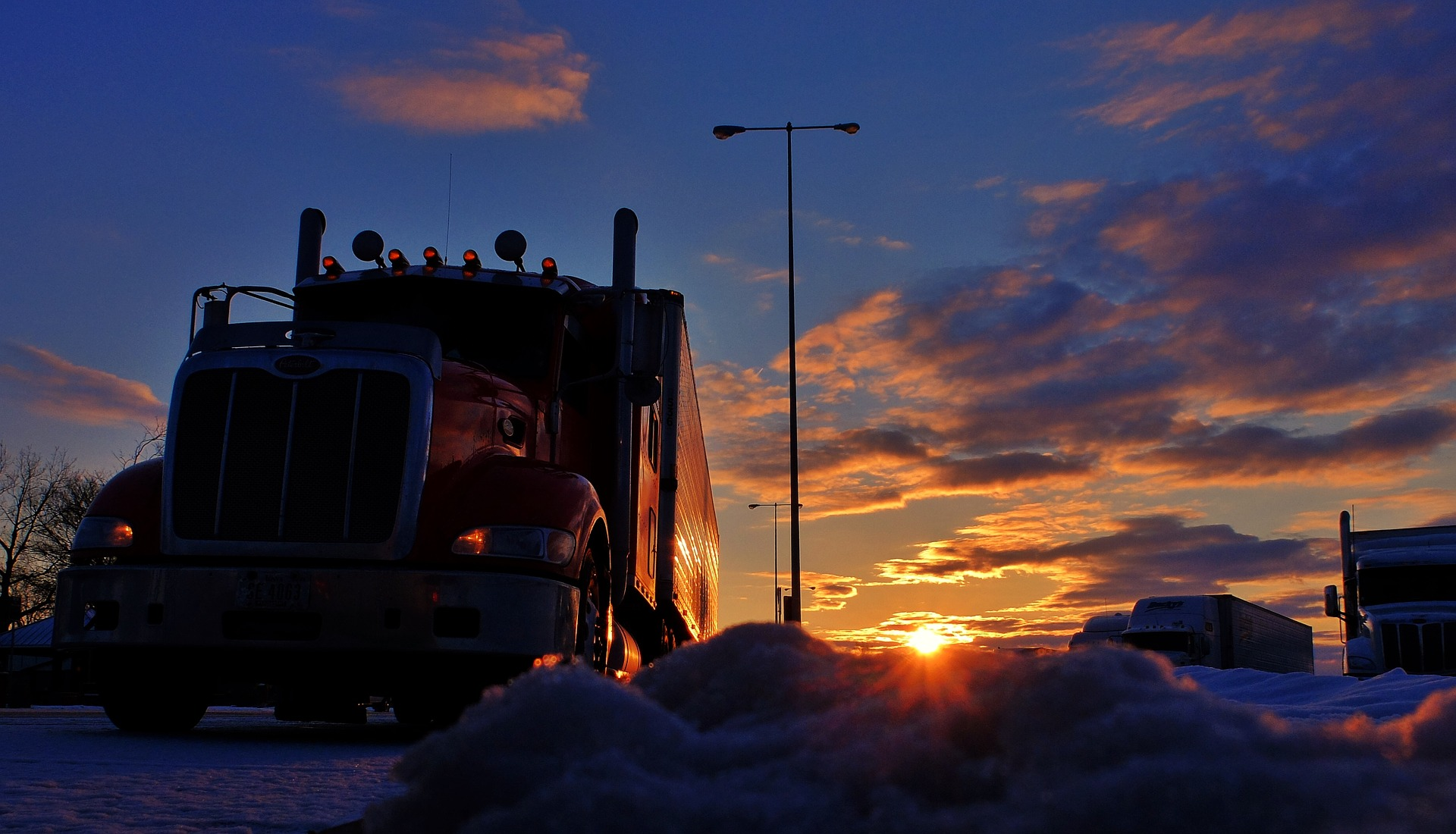 Truck stop at twilight Erotic romance stories for adults truck stop romp
