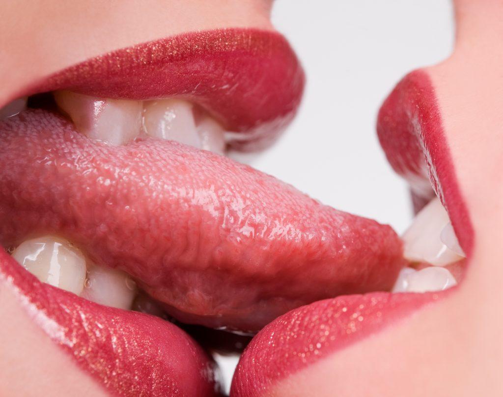 women kissing hot lesbian kiss